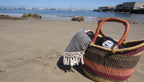 Picnic on the beach with Peter B's growler