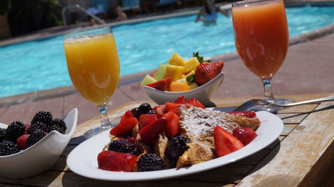 Breakfast by the pool at Portola